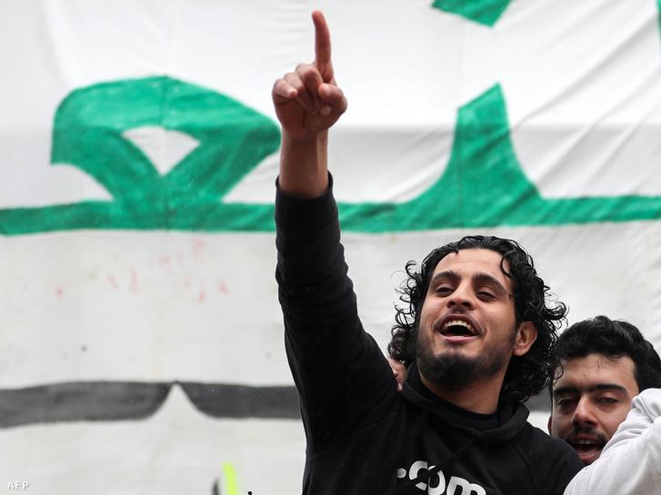 Abdel Basset al-Sarout 2019. március 15-én Homszban
