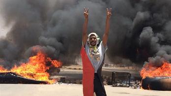 Országos sztrájkot hirdettek Szudánban a katonai diktatúra miatt