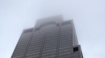 Felhőkarcoló tetejére zuhant le egy helikopter Manhattanben