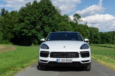 Na, innen ki mondja meg, hogy melyik Porsche-modellről van szó?