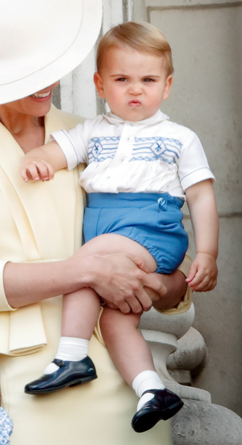 Lajos hercegről számos cuki, fintorgós képet készítettek a fotósok.