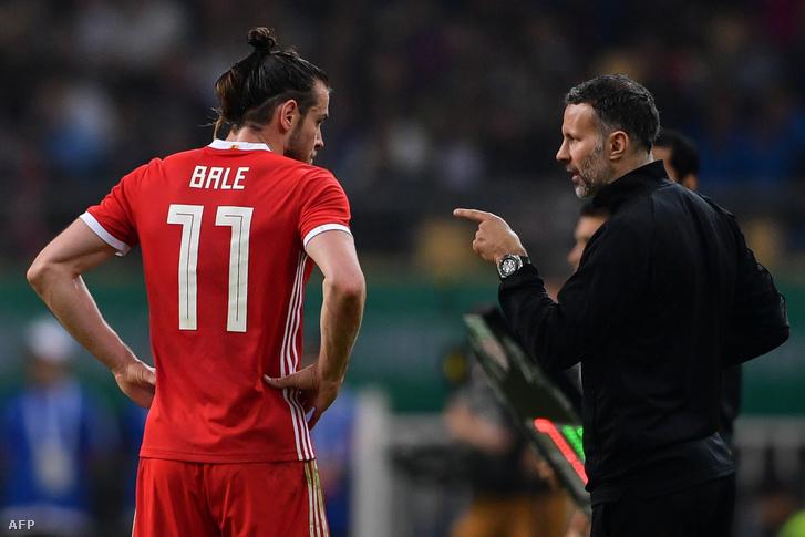Gareth Bale és Ryan Giggs az Uruguay-Wales-meccsen, 2018-ban