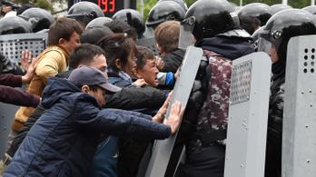 Akadozik a közösségi háló a kazah elnökválasztás után