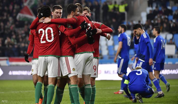 A magyar csapat tagjai második góljuk után az U21-es labdarúgó Európa-bajnoki selejtezőben Ciprus ellen játszott mérkőzésen a Hidegkúti Nándor Stadionban 2018. március 22-én.