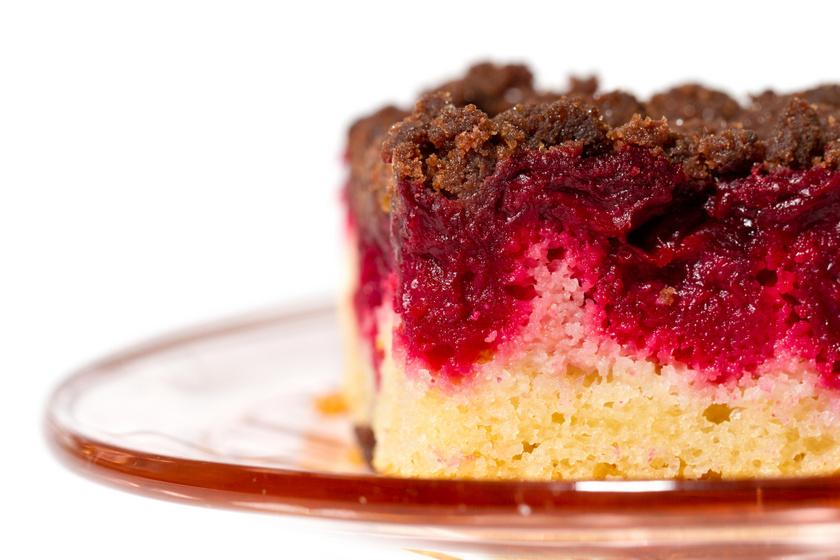 Nagyiféle, kakaós-vaníliás süti sok-sok meggyel: egyszerű, de milyen finom