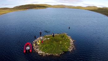 Skócia partjainál 5500 éves mesterséges szigetek állnak
