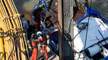 Nem erre képezték ki, de 3 holttestet talált meg egy ipari búvár a Hableány roncsában