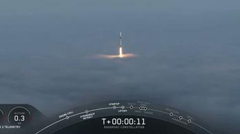 Kanadai műholdakat juttatott az űrbe a SpaceX rakétája