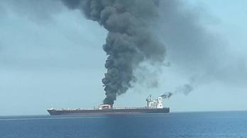 Zavaros támadás után szabadult a megtámadott olajtankerek személyzete