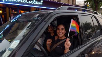 Legális a melegházasság Ecuadorban
