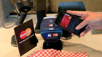 Gond volt a Mastercardnál, egy ideig nem lehetett kártyával fizetni, se pénzt felvenni