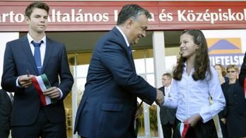 Elvenné a beleszólást a kormány az iskolaigazgatói kinevezésekbe