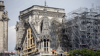 Szombaton megtartják az első misét a Notre-Dame-nál