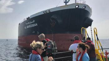 Irán tagadja, hogy köze lenne a tankerhajók megtámadásához