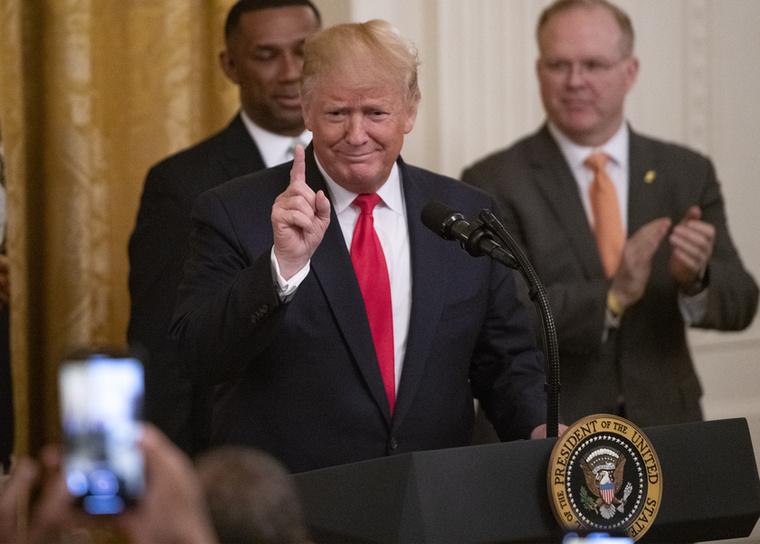 Na de várjon, a java még csak most jön!  A Donald Trump utáni felszólaló ugyanis nem más volt, mint Kim Kardashian!