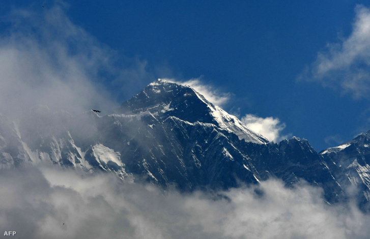 Mount Everest Kathmandutól 140 kilométerre északkeletre 2019. május 27-én