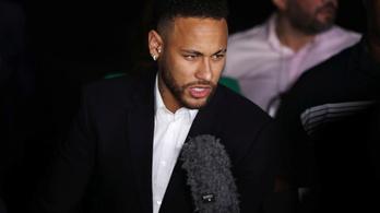Három órán át hallgatták ki Neymart a nyomozók nemierőszak-ügyben