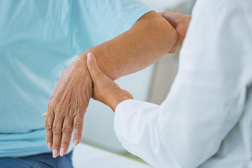 Az ízületi gyulladás legelső tünetei: ha megjelennek, muszáj orvoshoz menni