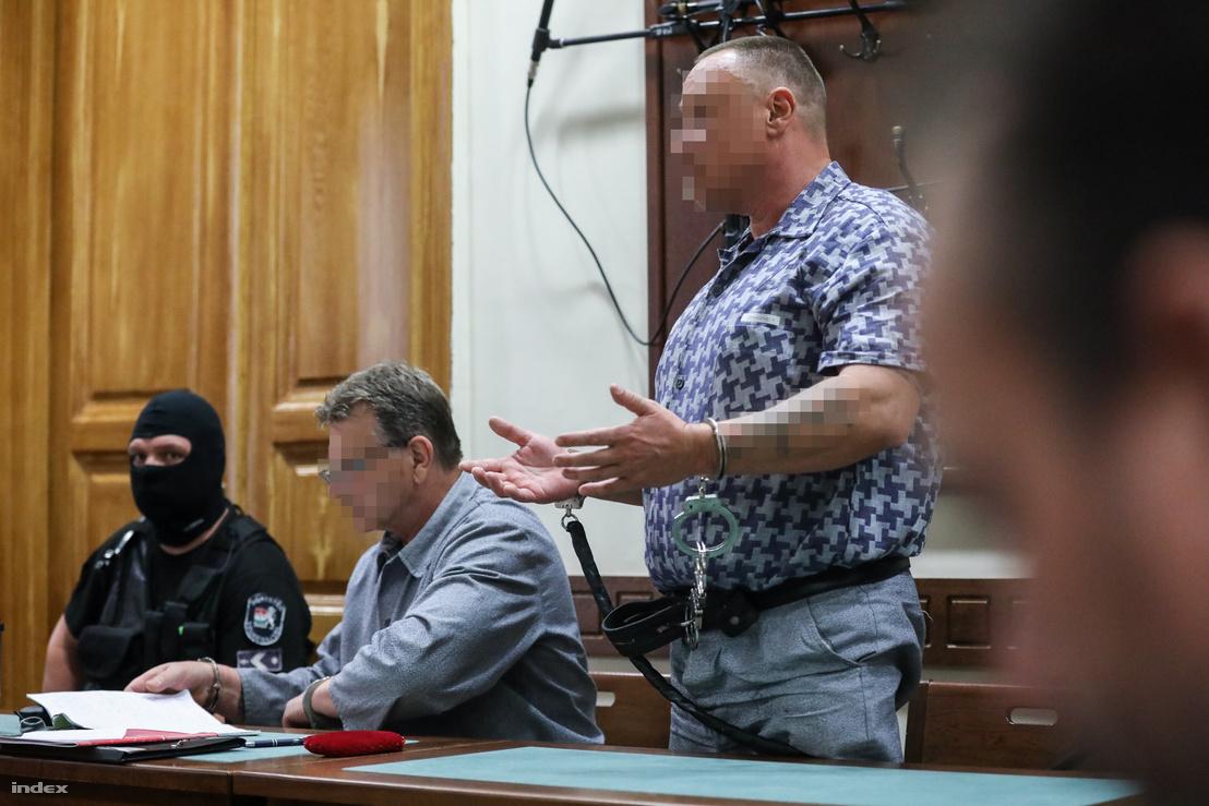 F. Ferenc (balra) és H. István a tárgyaláson