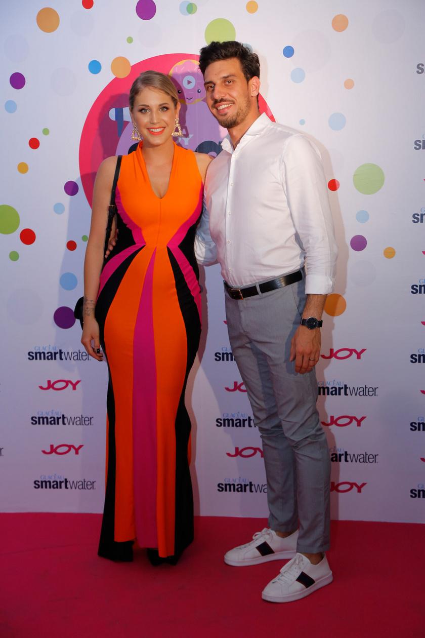 Nyári Dia és vőlegénye, Kovács Dániel a 2019-es JOY Social Media Award egyik legszebb szerelmespárja volt.