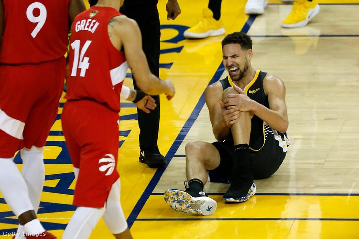 A sérült Klay Thompson az NBA döntőjében