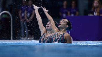 Ötödik és nyolcadik helyet szereztek a magyarok a műúszó-vk szuperdöntőjében