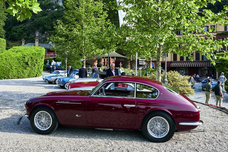 A versenykocsijairól ismert Maserati 1946-tól készített utcai autókat, de 1951-ig csak mintegy 65 darabot – ez a példány egyedi, mert Frua karosszériát visel