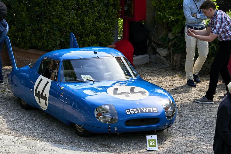 CD Panhard LM 64: erősen kilóg a luxus- és sportkocsik sorából az 1964-es Le Mans-i 24 órást megjárt autó