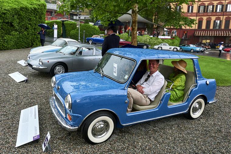 """A kisautók legjobbjai – a  """"Small and Perfectly Formed: The Coachbuilder's Art in Miniature"""" kategóriában (""""Kicsi és tökéletes formájú: az autóépítő művészet miniatűr méretben"""") a legnagyobb motor 1954 köbcentis volt, egy Maserati A6G/2000 orrában"""