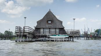 Sok milliárd forintnyi közpénzből csinálnak turistamágnest a Fertő tóból