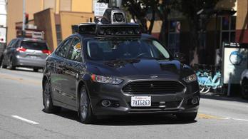 Utakra engedik a tök üres önvezető autókat