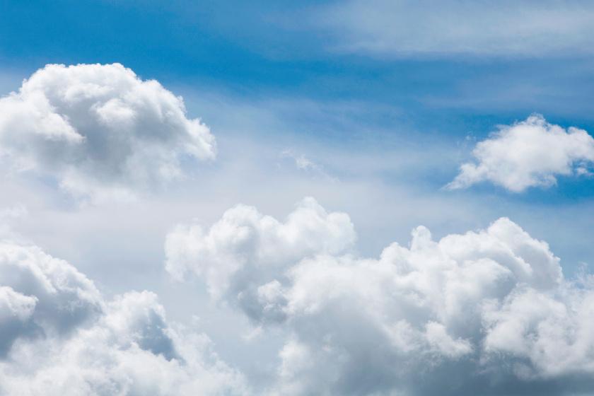 Váratlan fordulatot vesz az időjárás: kiadós felhőszakadásokra számíthatunk