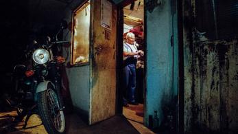 Nagyapa motorja és más képzős történetek