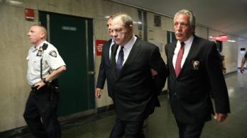 A védőügyvédei sem bírnak meglenni Harvey Weinstein mellett