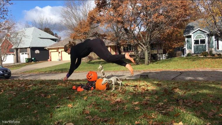 tk3s mdrum horse jumping girl-10