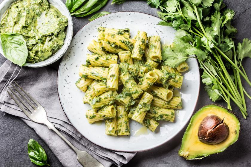Krémes, sok benne a kalória, mégis jót tesz a diétának: így fogyaszd az avokádót a fogyáshoz