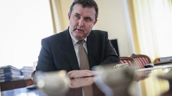 Kiszivárgott hangfelvételen ígér meg mindent Palkovics az MTA elnökségének