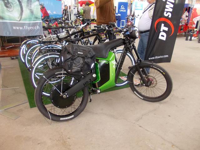 Izgalmas formájú e-mountain bike