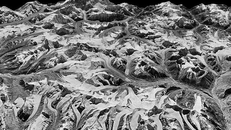 Kémfelvételek mutatják meg a Himalája gleccsereinek ijesztő mértékű olvadását