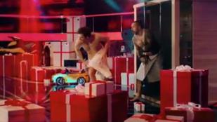 Kétmilliós bírságot kapott a TV2 a pucér Majka és Tilla miatt