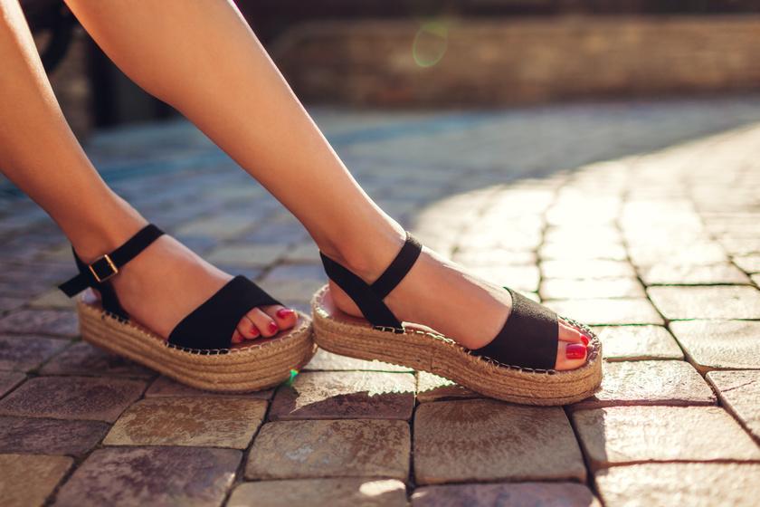 Nőies, kényelmes nyári szandálok 7 ezer forint alatt - Ezek biztosan nem törik majd fel a lábadat