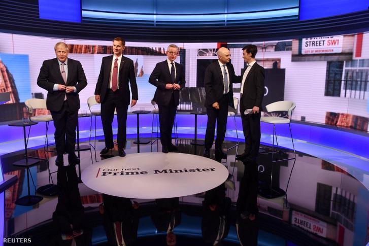 Egy televíziós vitaműsorban Boris Johnson, Jeremy Hunt, Michael Gove és az azóta kiesett Sajid Javid, belügyminiszter és Rory Stewart 2019. június 18-án.