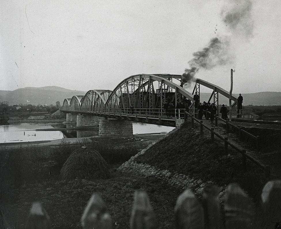 Az erdélyi Algyógy és Gyalmár települések közötti vashíd a Maroson, 1901