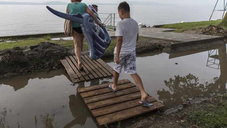 Balatoni polgármesterek: Aki nem él ezzel a lehetőséggel, azt lehülyézik