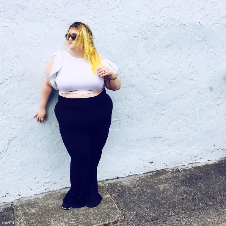 A több mint 136 kilós, fotósként és bloggerként dolgozó Suma Jane Dark ma már teljes mértékben el tudja fogadni a testét, de nem volt ez mindig így