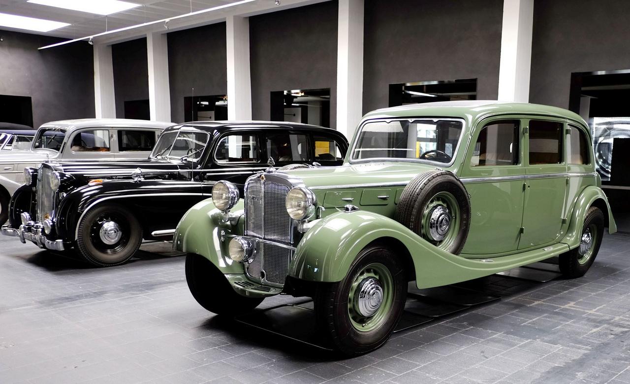 Ezt az 1936-os SW38-at a kölni dohányáru- és szőrmekereskedő, Hans Höffkes rendelte - ironikus, hogy a Zeppelin utca 7. alatt lakott. Az autót Köln Eifel nevű régiójában befalazták, ezért elkerülte a háborús beszolgáltatást