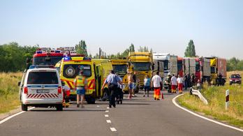 Halálos motorbaleset történt Solt közelében