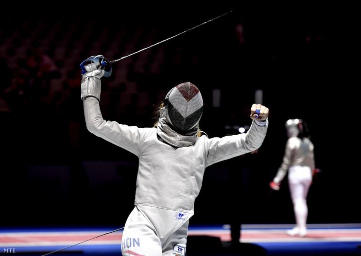 Márton Anna a vívó-Európa-bajnokság női kardcsapat versenyének elődöntőjében 2019. június 20-án. A magyar csapat 45-40-re győzött a franciák ellen és bekerült a döntőbe.
