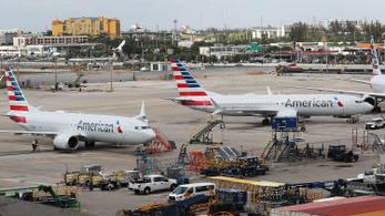 Amerika megtiltotta polgári gépei berepülését az iráni légtér egy része fölé