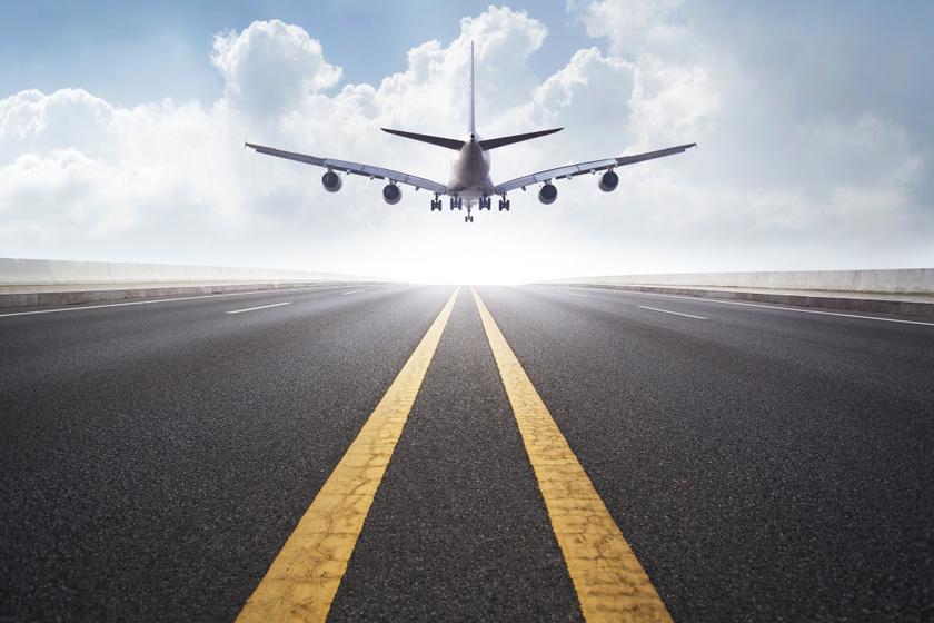 Kardiológusokkal teli repülőn lett szívrohama: amikor a véletlen sorsszerűnek tűnik